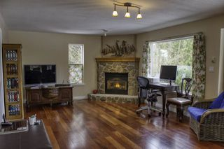 "Photo 8: 6192 HIGHMOOR Road in Sechelt: Sechelt District House for sale in ""The Shores"" (Sunshine Coast)  : MLS®# R2341360"