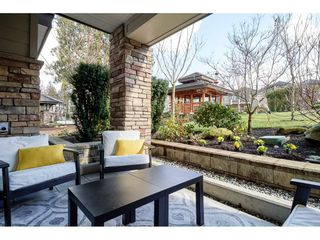 Photo 14: 111 15155 36 Avenue in Surrey: Morgan Creek Condo for sale (South Surrey White Rock)  : MLS®# R2345572