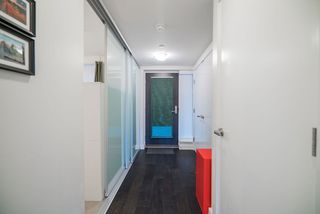 """Photo 10: 507 1372 SEYMOUR Street in Vancouver: Downtown VW Condo for sale in """"The Mark"""" (Vancouver West)  : MLS®# R2346355"""