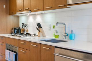 """Photo 7: 507 1372 SEYMOUR Street in Vancouver: Downtown VW Condo for sale in """"The Mark"""" (Vancouver West)  : MLS®# R2346355"""