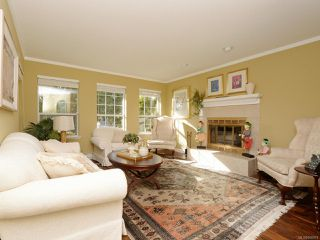 Photo 2: 3610 N Arbutus Dr in COBBLE HILL: ML Cobble Hill House for sale (Malahat & Area)  : MLS®# 808978