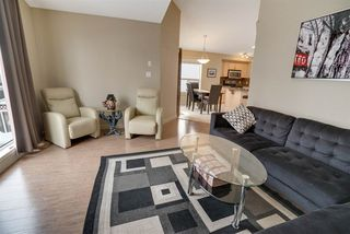Photo 10: 19 Hilldowns Drive Drive: Spruce Grove House for sale : MLS®# E4151042