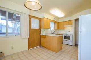 Photo 3: 10609 SANTA MONICA Drive in Delta: Nordel House for sale (N. Delta)  : MLS®# R2357819