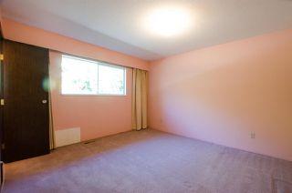 Photo 15: 10609 SANTA MONICA Drive in Delta: Nordel House for sale (N. Delta)  : MLS®# R2357819