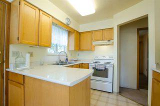 Photo 2: 10609 SANTA MONICA Drive in Delta: Nordel House for sale (N. Delta)  : MLS®# R2357819