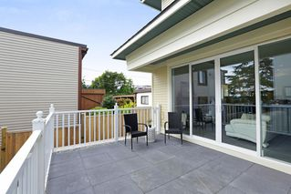 Photo 9: 2 214 W 6TH Street in North Vancouver: Lower Lonsdale House 1/2 Duplex for sale : MLS®# R2359302