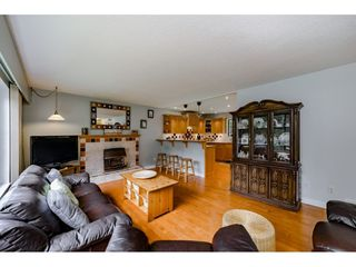 Photo 4: 2497 BERKLEY Avenue in North Vancouver: Blueridge NV House for sale : MLS®# R2361949