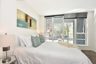 "Photo 15: 312 788 HAMILTON Street in Vancouver: Downtown VW Condo for sale in ""TV Towers"" (Vancouver West)  : MLS®# R2364675"