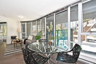 "Photo 6: 312 788 HAMILTON Street in Vancouver: Downtown VW Condo for sale in ""TV Towers"" (Vancouver West)  : MLS®# R2364675"
