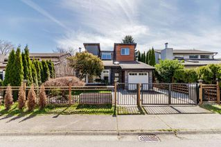 """Main Photo: 3230 HARWOOD Avenue in Coquitlam: New Horizons House for sale in """"NEW HORIZONS"""" : MLS®# R2365071"""
