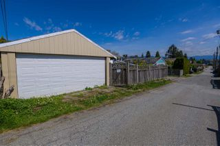 Photo 19: 7922 17TH Avenue in Burnaby: East Burnaby House for sale (Burnaby East)  : MLS®# R2366489