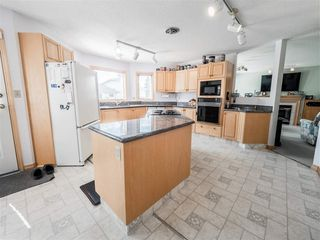 Photo 12: 68 Highcliff Road: Sherwood Park House for sale : MLS®# E4155847
