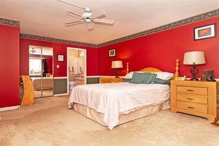 "Photo 14: 105 7837 120A Street in Surrey: West Newton Townhouse for sale in ""Berkshyre Gardens"" : MLS®# R2371000"
