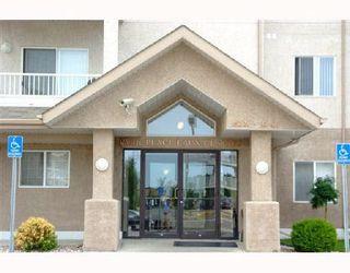 Photo 2: 130 16221 95 Street in Edmonton: Zone 28 Condo for sale : MLS®# E4159925