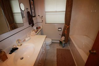 Photo 18: 10415 FULTON Drive in Edmonton: Zone 19 House for sale : MLS®# E4161135