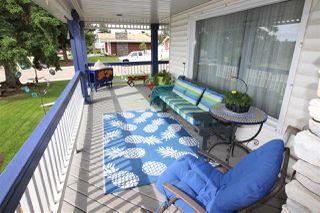 Photo 2: 10415 FULTON Drive in Edmonton: Zone 19 House for sale : MLS®# E4161135