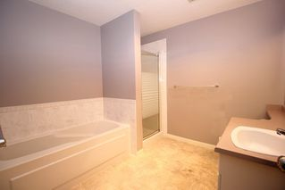 """Photo 7: 19 4740 221 Street in Langley: Murrayville Townhouse for sale in """"Eaglecrest"""" : MLS®# R2383487"""