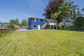 Photo 12: 6976 FRASER Drive: Agassiz House for sale : MLS®# R2383921