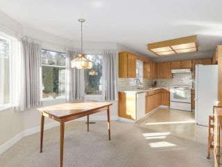 "Photo 9: 21 RAVINE Drive in Port Moody: Heritage Mountain House for sale in ""Heritage Mountain"" : MLS®# R2422654"