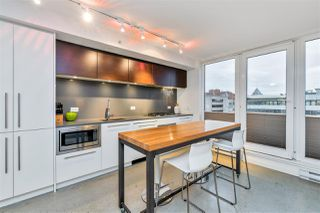 "Photo 10: 807 150 E CORDOVA Street in Vancouver: Downtown VE Condo for sale in ""INGASTOWN"" (Vancouver East)  : MLS®# R2423727"
