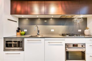 "Photo 9: 807 150 E CORDOVA Street in Vancouver: Downtown VE Condo for sale in ""INGASTOWN"" (Vancouver East)  : MLS®# R2423727"