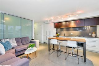 "Photo 5: 807 150 E CORDOVA Street in Vancouver: Downtown VE Condo for sale in ""INGASTOWN"" (Vancouver East)  : MLS®# R2423727"