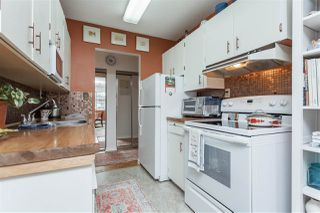 """Photo 12: 104 17707 57A Avenue in Surrey: Cloverdale BC Condo for sale in """"Frances Manor"""" (Cloverdale)  : MLS®# R2426282"""