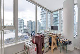 "Photo 10: 2506 688 ABBOTT Street in Vancouver: Downtown VW Condo for sale in ""THE FIRENZE II"" (Vancouver West)  : MLS®# R2427192"