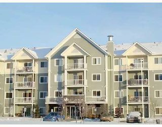 Main Photo: 405 70 WOODSMERE Close: Fort Saskatchewan Condo for sale : MLS®# E4186282