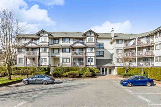 "Photo 1: 112 19320 65 Avenue in Surrey: Clayton Condo for sale in ""ESPRIT AT SOUTHLANDS"" (Cloverdale)  : MLS®# R2446725"