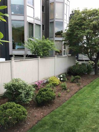 "Photo 17: 207 2238 ETON Street in Vancouver: Hastings Condo for sale in ""ETON HEIGHTS"" (Vancouver East)  : MLS®# R2454959"