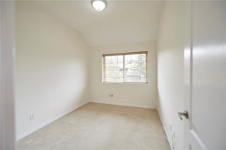 Photo 9: 305 1997 Sirocco Drive SW in Calgary: Signal Hill Row/Townhouse for sale : MLS®# C4303715