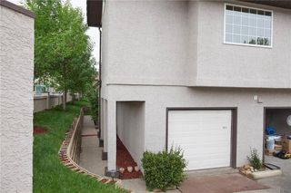 Photo 19: 305 1997 Sirocco Drive SW in Calgary: Signal Hill Row/Townhouse for sale : MLS®# C4303715
