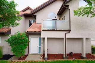 Photo 13: 305 1997 Sirocco Drive SW in Calgary: Signal Hill Row/Townhouse for sale : MLS®# C4303715