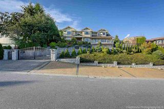Photo 2: 1361 WHITBY Road in West Vancouver: Chartwell House for sale : MLS®# R2479281