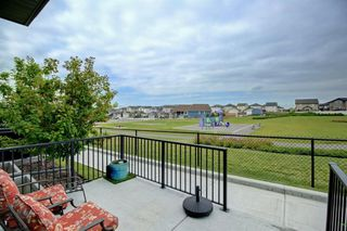 Photo 27: 302 DRAKE LANDING Wynd: Okotoks Row/Townhouse for sale : MLS®# A1018886