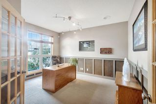 Photo 6: 25 SIMCOE Bay SW in Calgary: Signal Hill Detached for sale : MLS®# A1026296