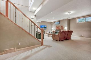 Photo 10: 25 SIMCOE Bay SW in Calgary: Signal Hill Detached for sale : MLS®# A1026296