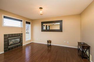 Photo 7: 17 6304 SANDIN Way in Edmonton: Zone 14 House Half Duplex for sale : MLS®# E4214065