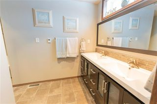 Photo 17: 87 Brittany Drive in Winnipeg: Residential for sale (1G)  : MLS®# 202100356