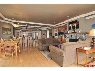 Photo 4: 15064 BUENA VISTA AV in White Rock: House for sale : MLS®# F2923834