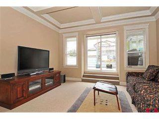 Photo 8: 15064 BUENA VISTA AV in White Rock: House for sale : MLS®# F2923834
