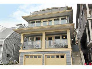 Photo 1: 15064 BUENA VISTA AV in White Rock: House for sale : MLS®# F2923834