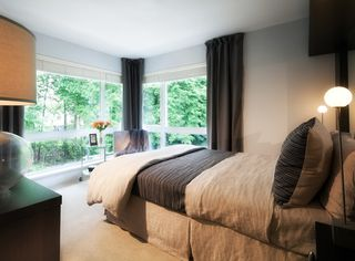 Photo 3: 124 735 W 15th Street in North Vancouver: Hamilton Townhouse for sale