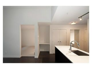 "Photo 8: 506 1679 LLOYD Avenue in North Vancouver: Pemberton NV Condo for sale in ""DISTRICT CROSSING"" : MLS®# V1030048"
