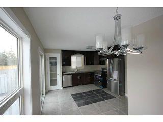 Photo 10: 35 CARMEL Close NE in CALGARY: Monterey Park Residential Detached Single Family for sale (Calgary)  : MLS®# C3597213