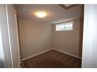 Photo 18: 35 CARMEL Close NE in CALGARY: Monterey Park Residential Detached Single Family for sale (Calgary)  : MLS®# C3597213