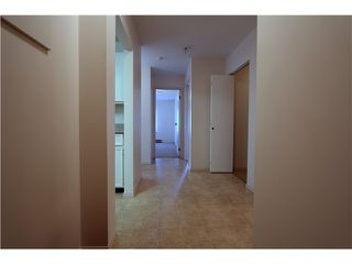 Photo 3: 303 46374 MARGARET Avenue in Chilliwack: Chilliwack E Young-Yale Condo for sale : MLS®# H1401032