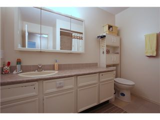 Photo 8: 303 46374 MARGARET Avenue in Chilliwack: Chilliwack E Young-Yale Condo for sale : MLS®# H1401032
