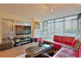 Photo 1: 905 788 HAMILTON Street in Vancouver: Downtown VW Condo for sale (Vancouver West)  : MLS®# V1053998